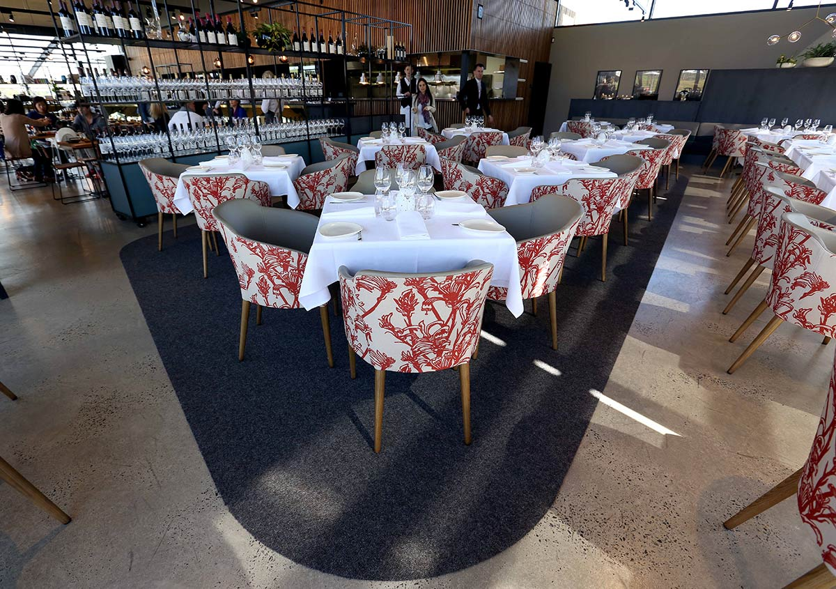 Nicole-Cleary-Photography-Ezard-Levantine-Hill-dining-room