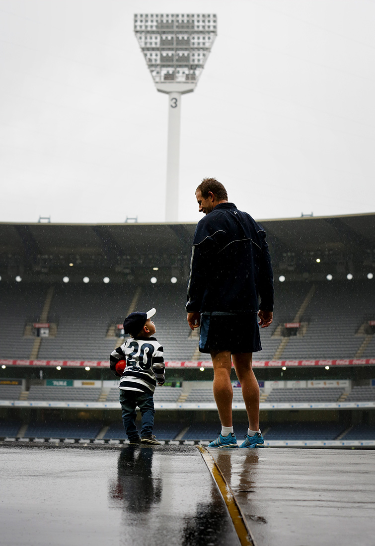 Nicole-Cleary-Photography_Geelong-Stevie-Johnson-Archie-MCG